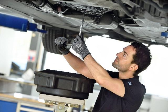 Holden Alloytec V6: Oil Pickup Blockage   All Head Services